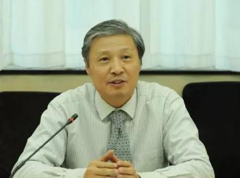 陈洪武就第六届中国书法兰亭奖有关问题答记者问